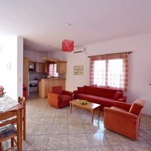 red-villa-samos-2015-05